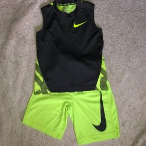 Boys Nike Dri-Fit Outfit